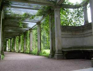 To w tych zakamarkach ogrodu w Carskim Siole Katarzyna spotykała się ze Stanisławem Poniatowskim fot. Izabela Grelowska /INTERIA.PL
