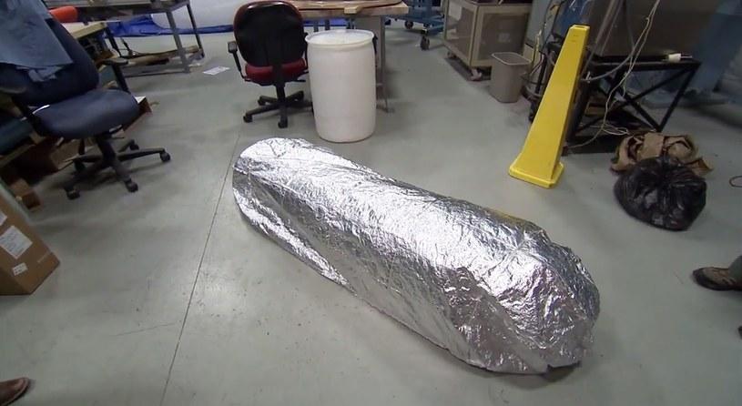 To wielkie burrito jest w rzeczywistości materiałem odpornym na działanie bardzo wysokich temperatur /materiały prasowe