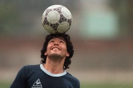 To właśnie boski Diego jest ojcem freestyle /AFP