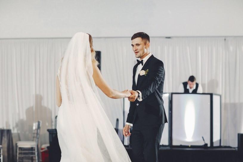 To właśnie zespoły weselne cieszą się największym uznaniem wśród par młodych /materiały promocyjne