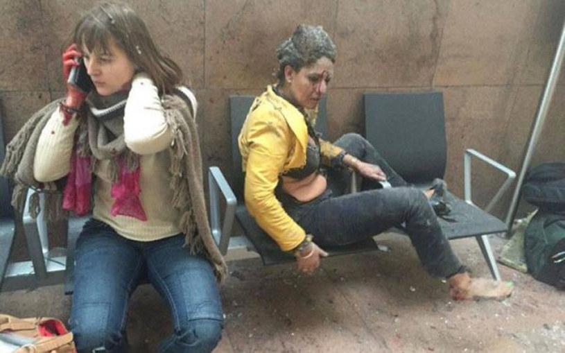 To zdjęcie po zamachach w Brukseli obiegło sieć /East News
