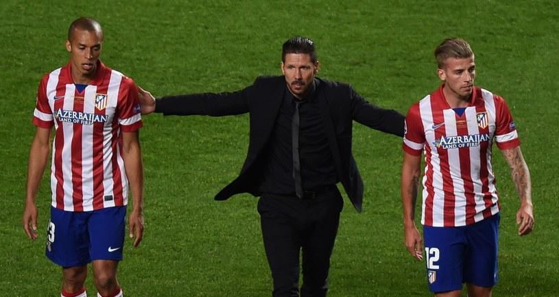 Tobias Alderweireld (z prawej) wkrótce będzie musiał opuścić Atletico? /AFP
