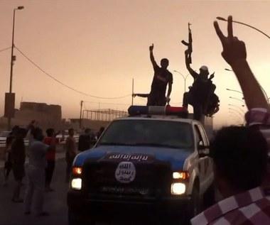 Todenhoefer: Bombardowanie Państwa Islamskiego to zła strategia