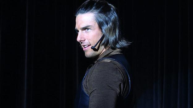 """Tom Cruise w jednej ze swoich najlepszych kreacji, w scenie z filmu """"Magnolia"""" /materiały prasowe"""