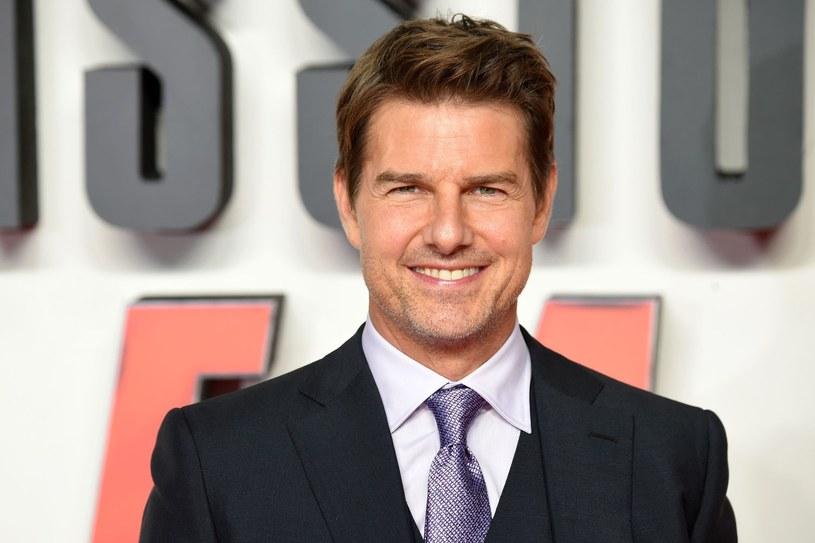 Tom Cruise wylądował na terenie prywatnej posesji helikopterem /AFP