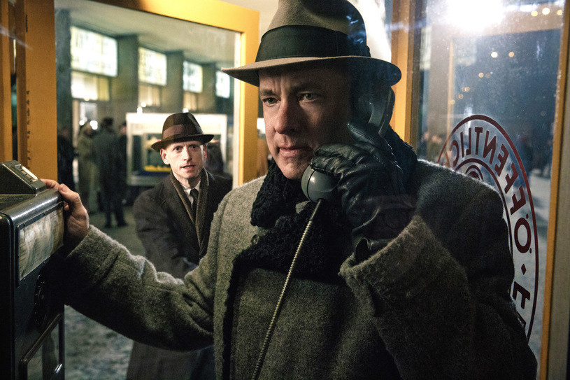 """Tom Hanks w filmie """"Most szpiegów"""" /materiały dystrybutora"""
