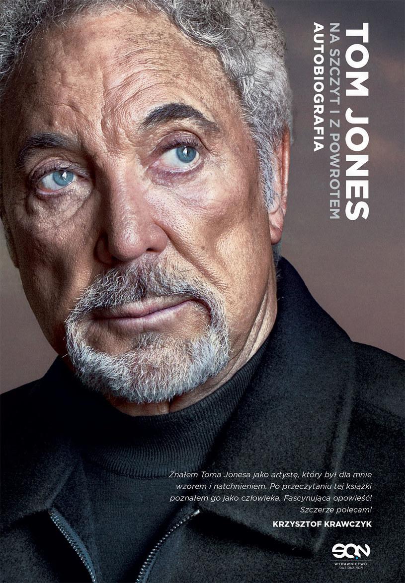 Tom Jones na okładce swojej autobiografii /