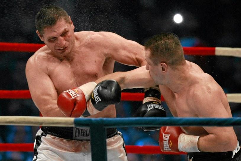 Tomasz Adamek pokonał Andrzeja Gołotę w 2009 roku na gali w Łodzi /fot. Małgorzata Kujawka /