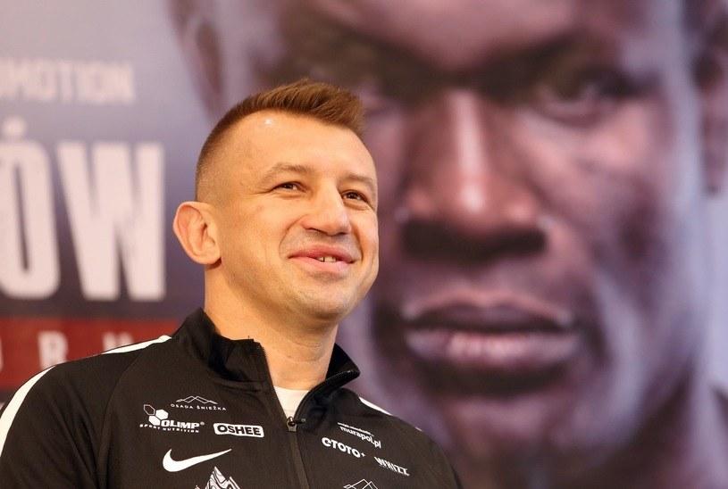 Tomasz Adamek powalczy 18 listopada o tytuł międzynarodowego mistrza Polski /Fot. Tomasz Radzik /East News