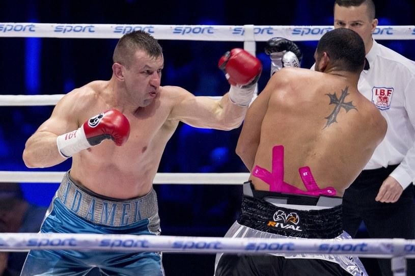Tomasz Adamek w ostatniej walce z Erikiem Moliną /East News