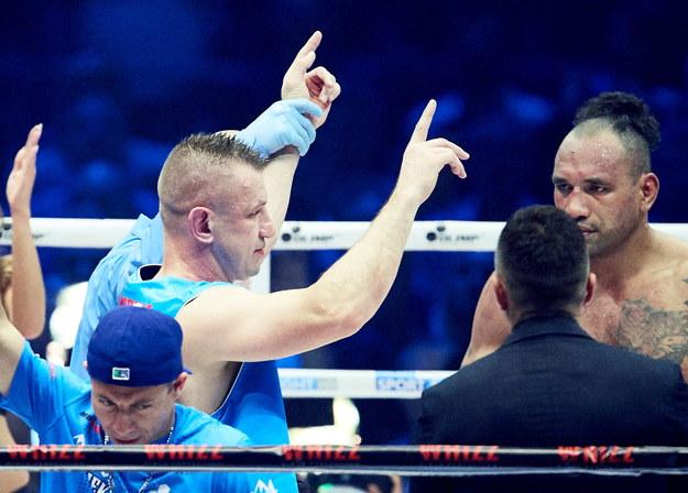 Tomasz Adamek wrócił na ring. Zapowiada, że nie wybiera się na emeryturę /Adam Warżawa /PAP