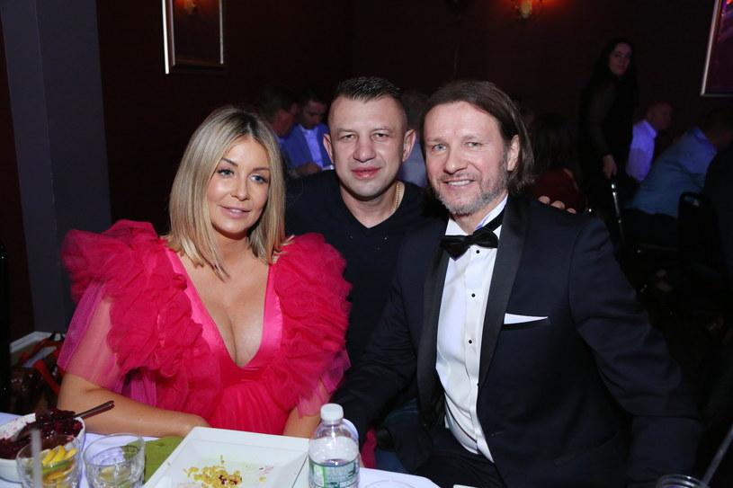 Tomasz Adamek z Małgosią Rozenek-Majdan i Radosławem Majdanem /Fotex /Agencja FORUM
