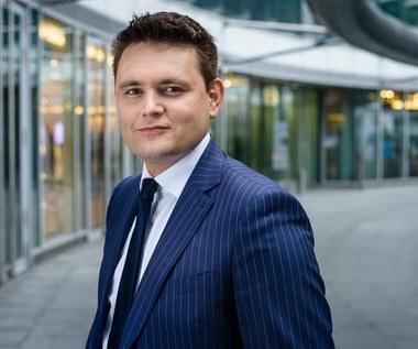 Tomasz Ciąpała: Produkcja odzieży nie wróci do Polski