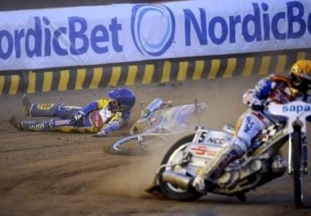 Tomasz Gollob stracił drugie miejsce w finale po tym, jak podciął go Nicki Pedersen. /AFP