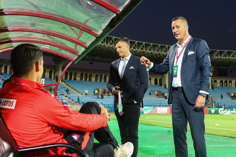 Tomasz Hajto (z prawej), obok Mateusz Borek /Tomasz Jastrzebowski/Foto Olimpik/REPORTER /
