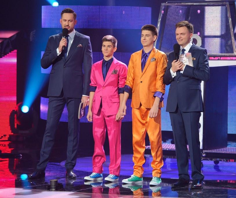 """Tomasz Kabis (drugi z prawej) w """"Mam talent"""" w 2013 r. /Rafał Oleksiewicz /Reporter"""