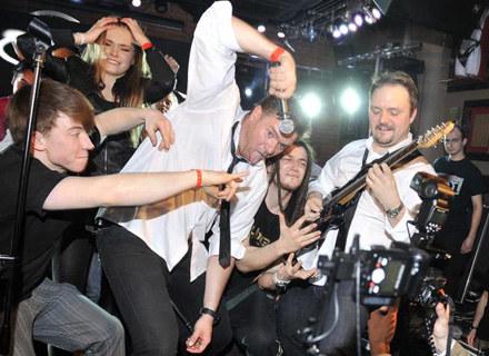 Tomasz Karolak razem z zespołem zagrał w Hard Rock Cafe /AKPA