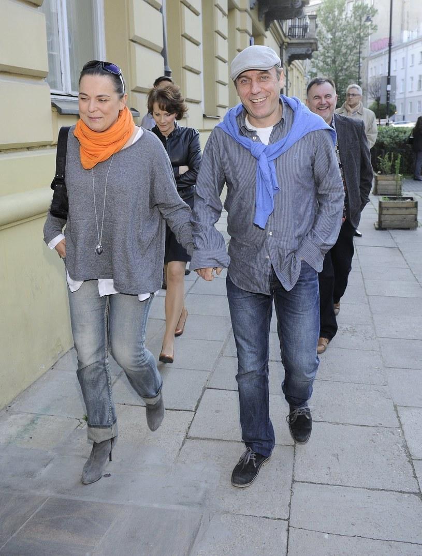 Tomasz Sapryk z żoną /- /East News