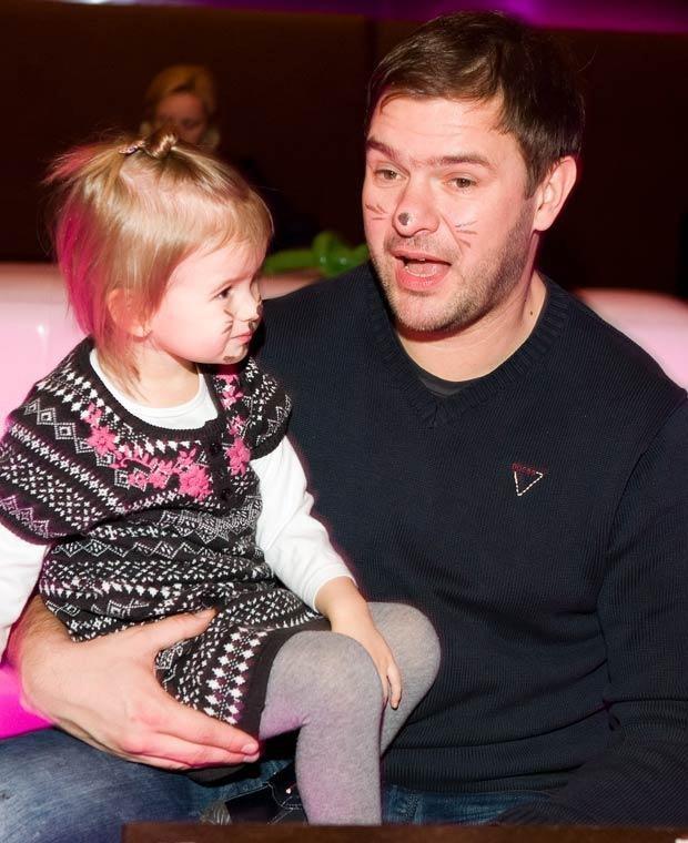 Tomek Karolak z córką, fot. Jarosław Antoniak  /MWMedia