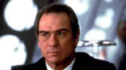 Tommy Lee Jones chroni cheerleaderki