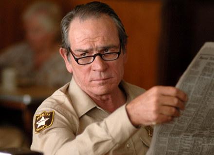 """Tommy Lee Jones w filmie """"To nie jest kraj dla starych ludzi"""" /"""