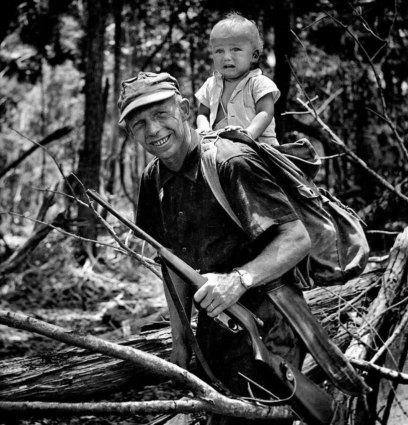 Tony Halik ze swoim synem, Ozaną /materiały prasowe