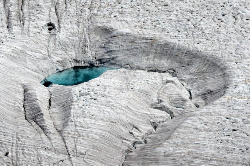 Topniejąca pokrywa lodowa /AFP