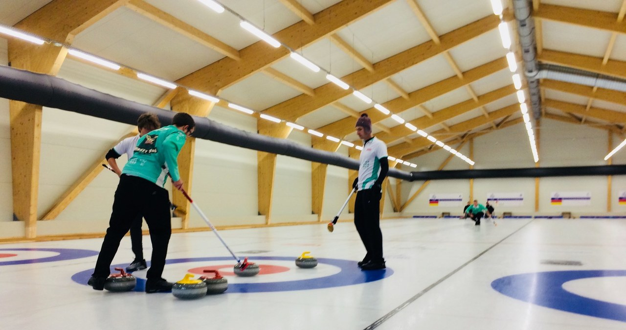 Tor do curlingu otwarty w Łodzi