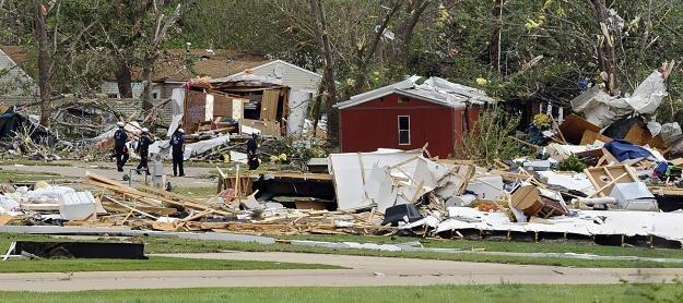 Tornada sieją zniszczenie w USA /PAP/EPA