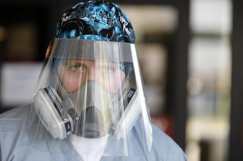 Toronto znów w lockdownie z powodu koronawirusa /JEFF KOWALSKY / AFP /AFP