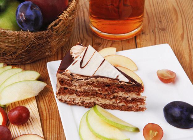 Tort capuccino to gratka łasuchów i wielbicieli kawy /123RF/PICSEL
