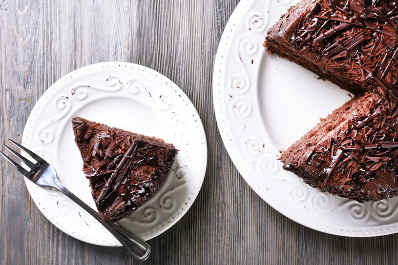 Tort czekoladowo-rumowy /123RF/PICSEL