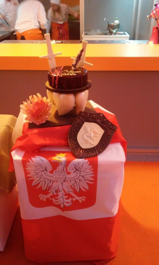 Tort nawiązujący do twórczości Henryka Sienkiewicza /Krzysztof Kot /RMF FM