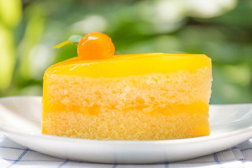 Tort pomarańczowy /123RF/PICSEL