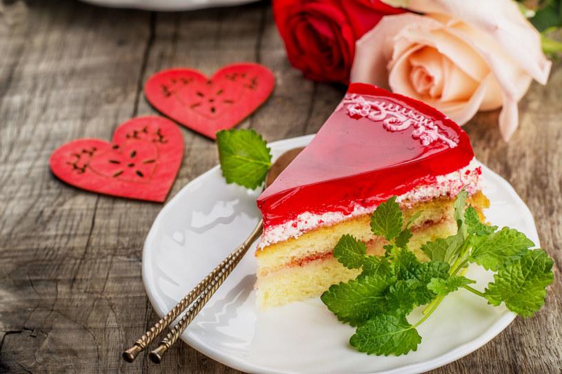 Tort z galaretką /123RF/PICSEL