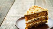 Tort z orzechów laskowych
