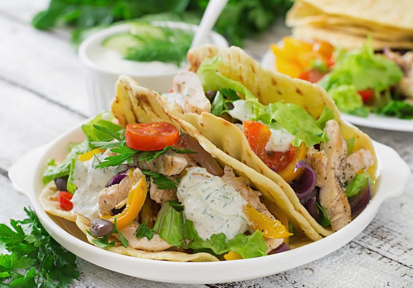 Tortilla z warzywami /123RF/PICSEL
