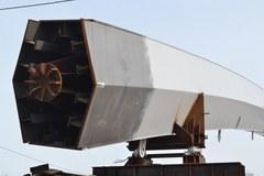 Toruń: Montaż gigantycznych łuków mostowych