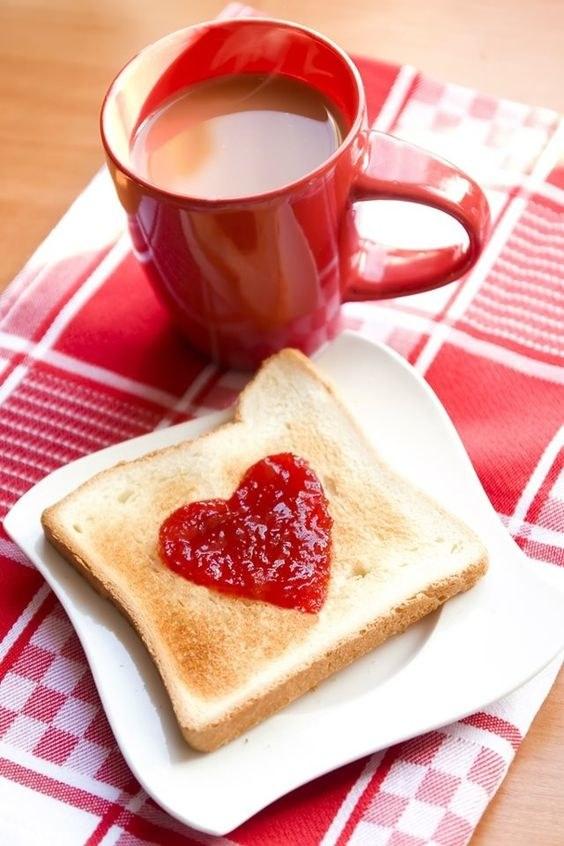 tosty śniadaniowe /© Photogenica