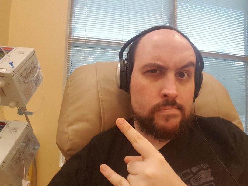 TotalBiscuit długo walczył z nowotworem. Niestety, przegrał tę walkę / Twitter /materiały źródłowe