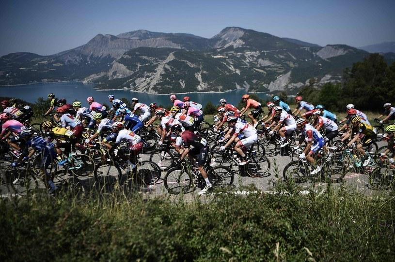 Tour de France na pewno nie odbędzie się zgodnie z planem /AFP