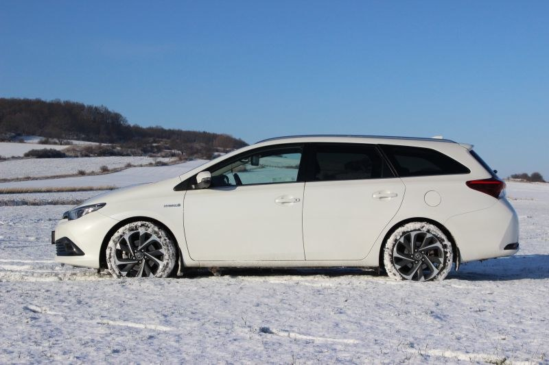 Toyota Auris Hybrid Touring Sports /INTERIA.PL
