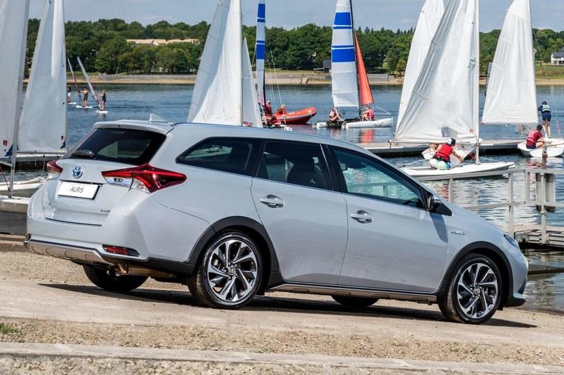 Toyota Auris Touring Sports Freestyle /