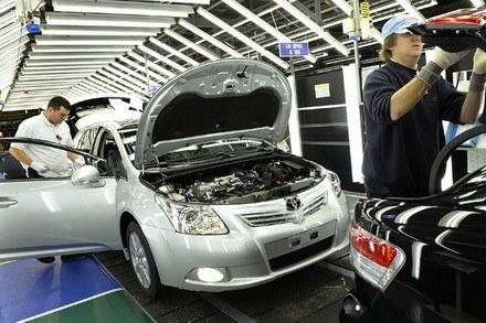 Toyota avensis /