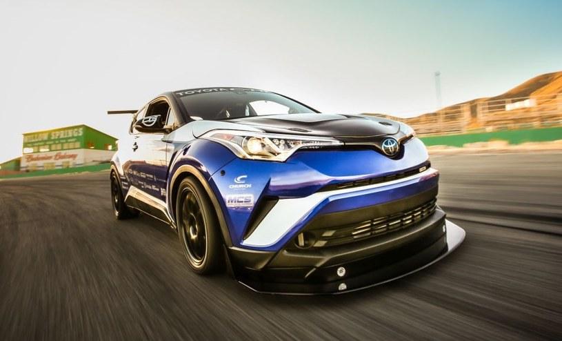 Toyota C-HR R-Tuned /