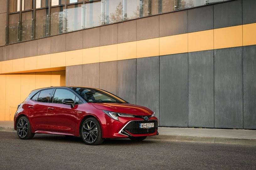 Toyota Corolla Hybrid /