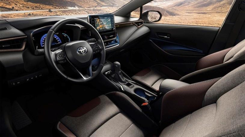Toyota Corolla TREK /