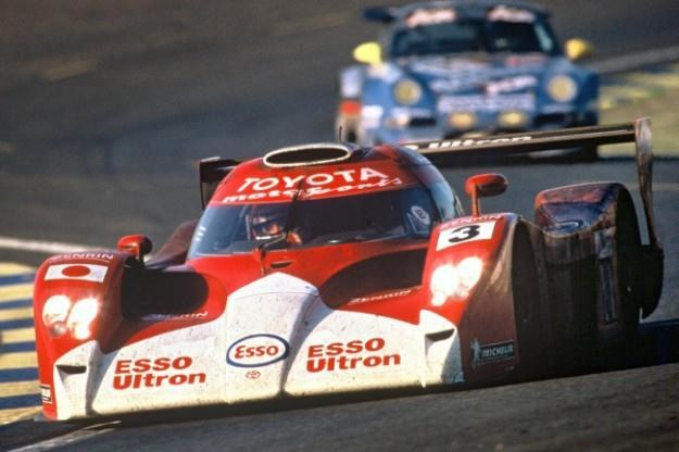 Toyota GT-one /