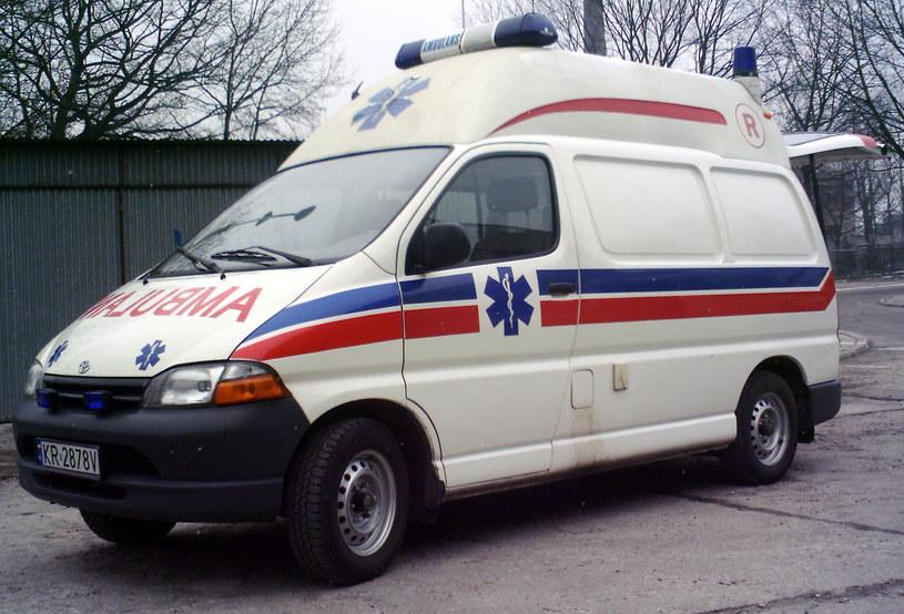Toyota hiace Auto-Form z Krakowskiego Pogotowia Ratunkowego 1999/2000 rok /Muzeum Ratownictwa w Krakowie
