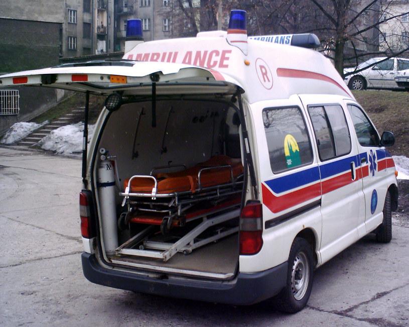 Toyota hiace Auto-Form z Krakowskiego Pogotowia Ratunkowego 1999/2000 r /Muzeum Ratownictwa w Krakowie